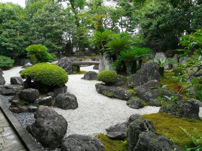 西本願寺:虎渓の庭