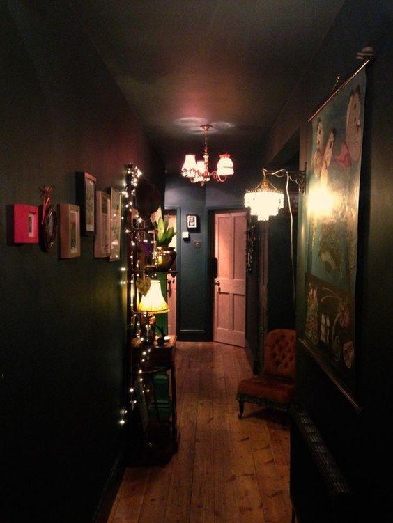这个走廊由{Shella Anderson}分享。 {mine}查找更多走廊的想法和灵感