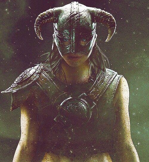 The Elder Scrolls: Skyrim YES! A FEMALE DOVAHKIIN!