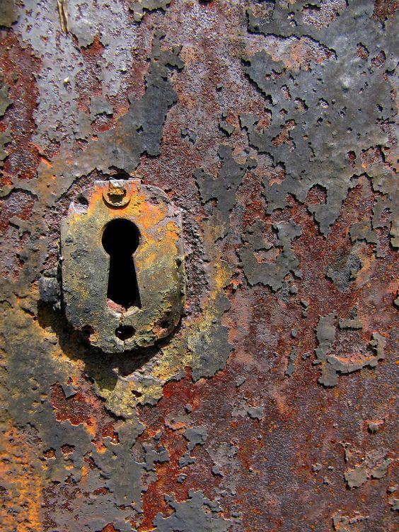 陵墓门细节,绿色山公墓,巴尔的摩,马里兰州。