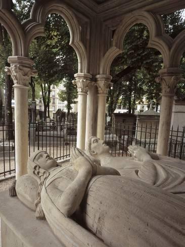 Giclee打印:墓地墓穴上的雕像:24x18in