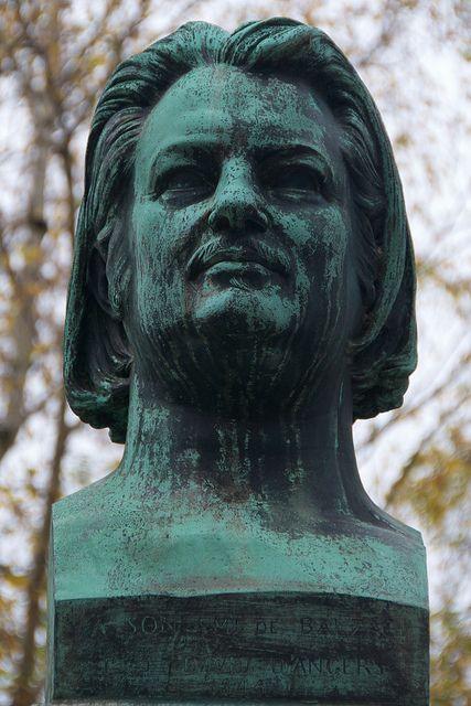 巴尔扎克的半身像,拉雪兹神父公墓,巴黎