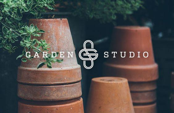 奥兰治县的景观设计团队花园工作室是这样一个工作与待遇。我们为Garden Studio完成了一个新的品牌标识,为其附属服务更新了一些标识,并创造了...