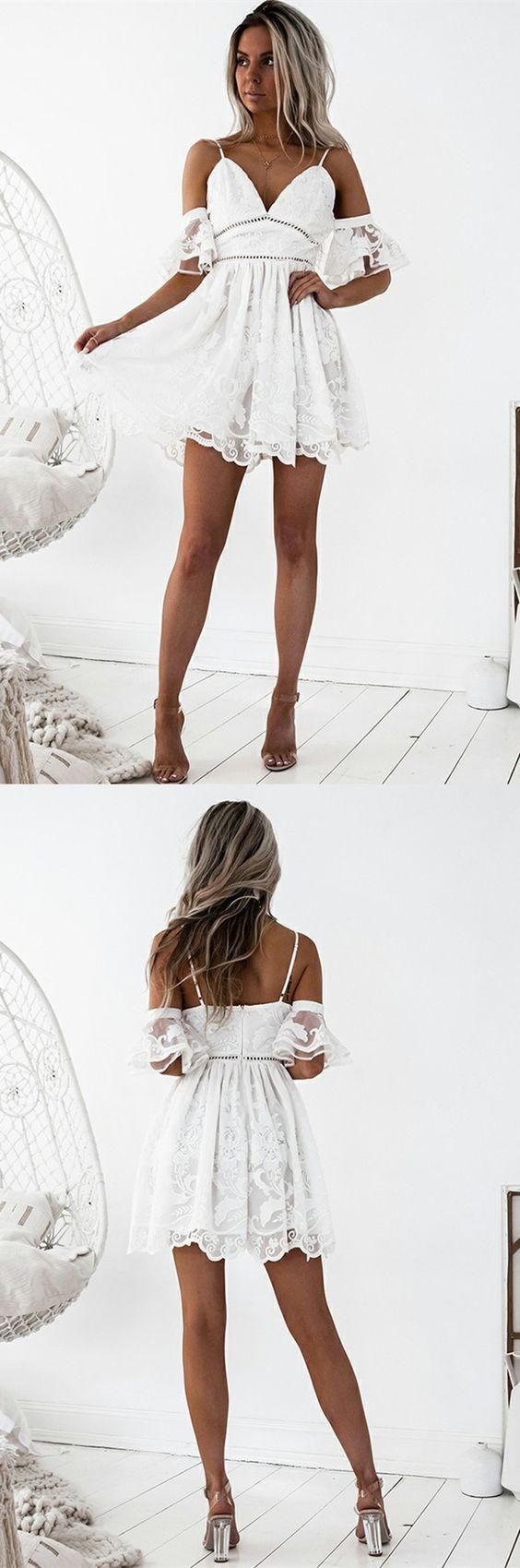 A字形意大利面条带短款白色蕾丝回家连衣裙,荷叶边