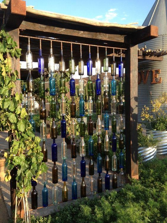 一个葡萄酒乡村婚礼可以作为理想的祝酒,为您的新生活共同创造一个理想的婚礼场地 - 从葡萄酒乡村婚礼教堂到全进入的Temecula独特的葡萄酒乡村...