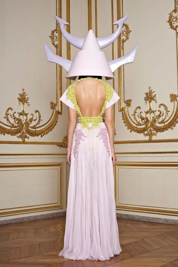 Givenchy Spring 2011 Couture Collection Photos - Vogue