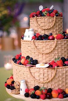 来自北卡罗来纳州的葡萄酒和美食爱好者Breana和Scott在纳帕谷举办了最佳美食家婚礼