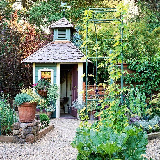 花园棚提供迎宾工作区以及景观装饰。