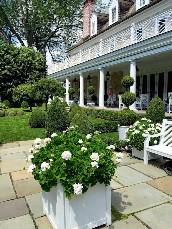 Carolyne Roehm在家中通过Quintessence花园