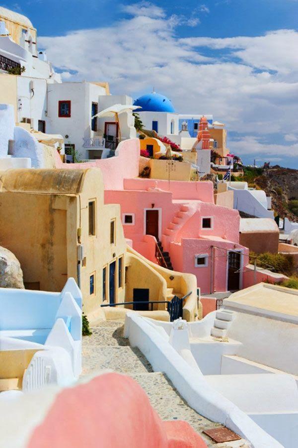 多彩的圣托里尼岛,希腊。