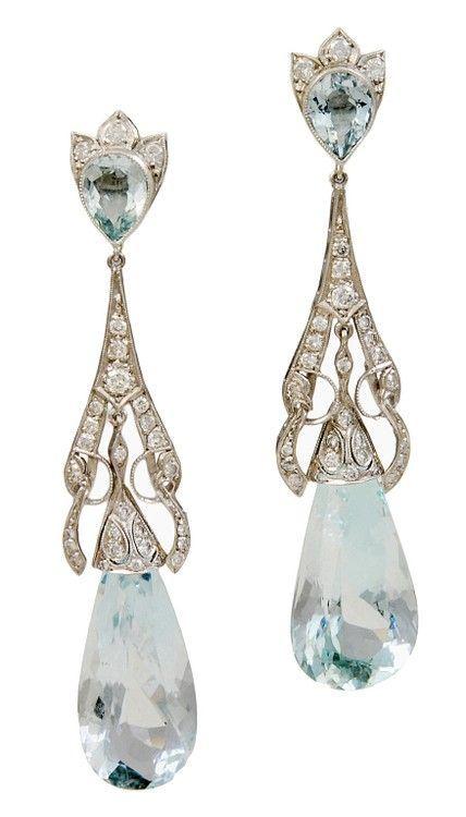 Modern Fairytale / karen cox / Cinderella。装饰艺术风格钻石和海蓝宝石耳环