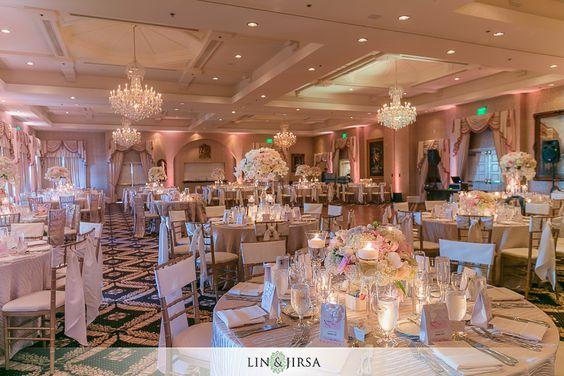如果您是这次婚礼的嘉宾,并希望在Palos Verdes的特朗普国家高尔夫球场举办这场美丽的婚礼时看到所有图像,请发送电子邮件至guestprints@linandjirsa.com以请求访问。婚礼供应商:如果您是这场婚礼的供应商,请发送电子邮件...继续阅读特朗普国家高尔夫球场Palos Verdes婚礼|安德鲁和妮可→