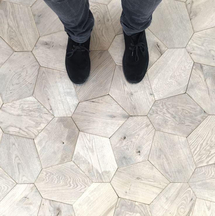 Voronoi Modular Floor Tiles