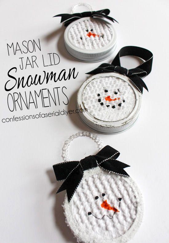 简单易用的梅森罐盖雪人饰品是这个假日季节的完美手工饰品。