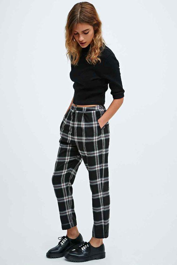 Urban Outfitters的Urban Shop合作店今天在Urban Outfitters的黑色紧身裤。我们为您提供所有最新的款式,颜色和品牌,从这里选择。