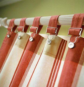 无论您是在寻找休闲的窗帘还是更正式的东西,这些DIY窗户护理一定会成为现场。我们有帷幔,百叶窗,窗帘等的想法。