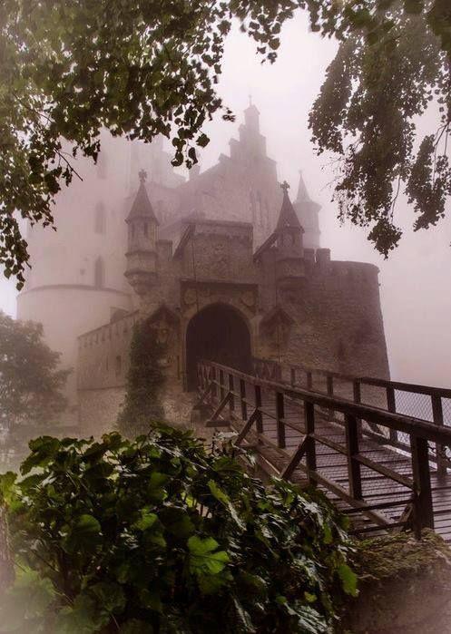 利希滕斯坦城堡,德国,来自Iryna