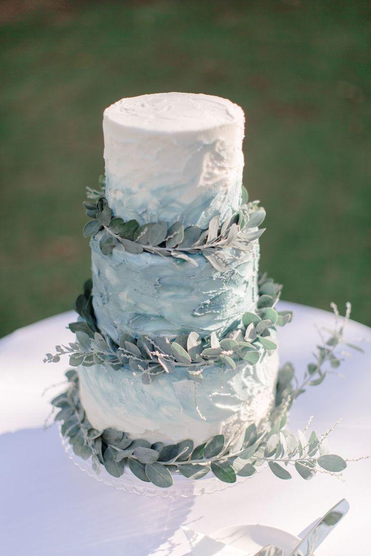 水彩白色婚礼蛋糕