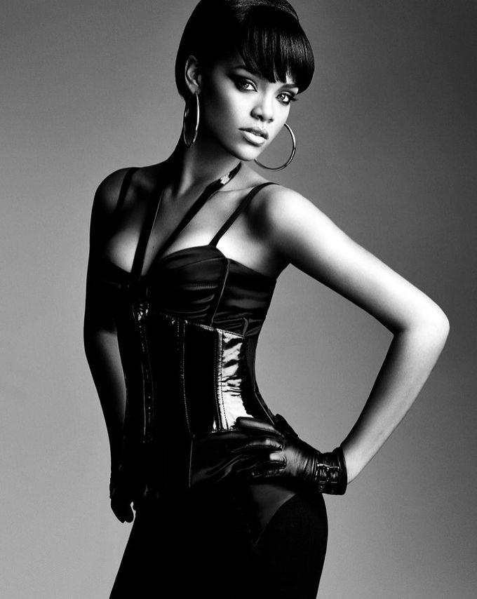 Rihanna par Gabor Jurina