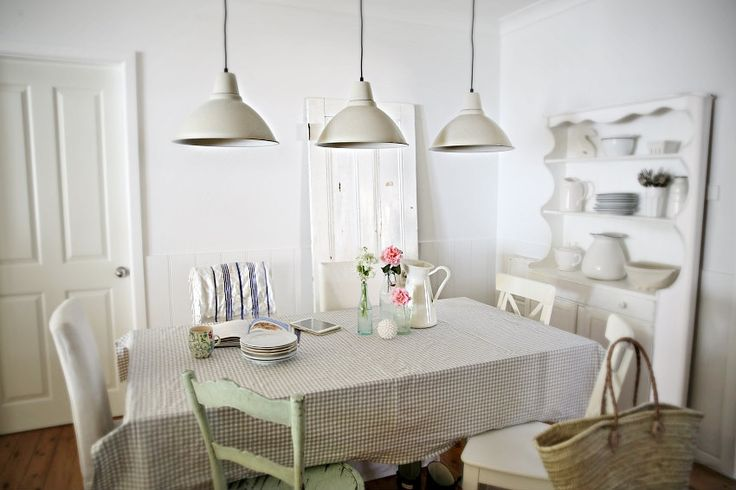 A Foto Light for a Beach Cottage
