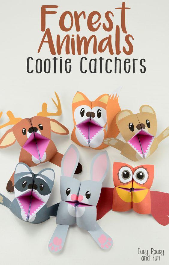 你准备好玩森林动物了吗?你会爱上这些森林动物cootie捕手/算命者 - 我们有一只熊,狐狸,浣熊,鹿,兔子和一只猫头鹰(或任何其他鸟类)。孩子们会喜欢折叠这些简单的折纸,玩得更开心(它们对于故事来说非常棒!)