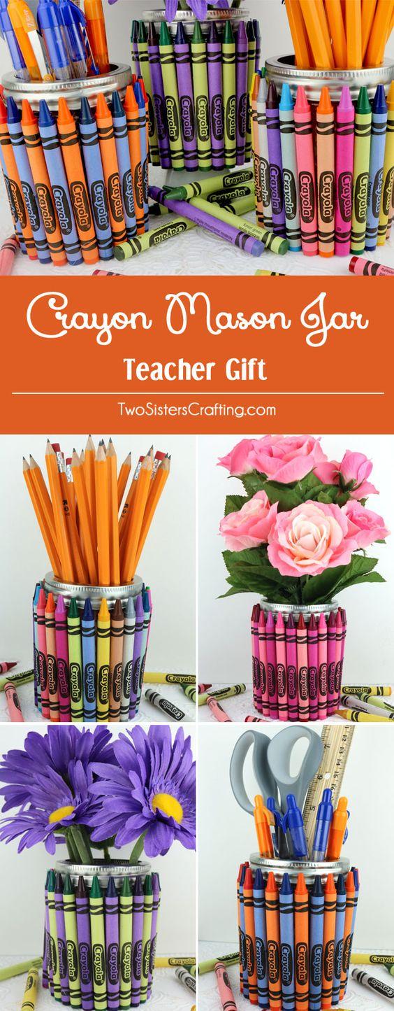 蜡笔梅森罐子老师礼物 - 所有你需要的是一个梅森果冻罐,一盒蜡笔和胶枪,使这个有趣和丰富多彩的教师欣赏礼品。