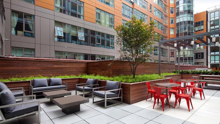 LIC Apartment Amenities | Gantry Park Landing