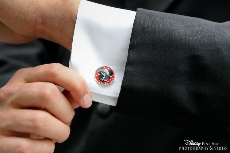 定制米老鼠袖扣与婚礼日期#Disney