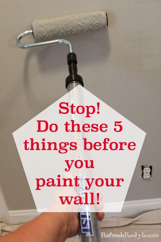在绘画之前如何准备墙壁!使用这5个简单的技巧,让你的墙上有一个专业的外观,然后你就可以开启油漆了!