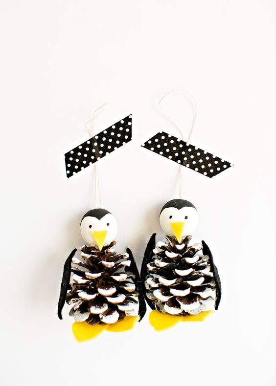 CUTE PINE CONE PENGUIN装饰工艺