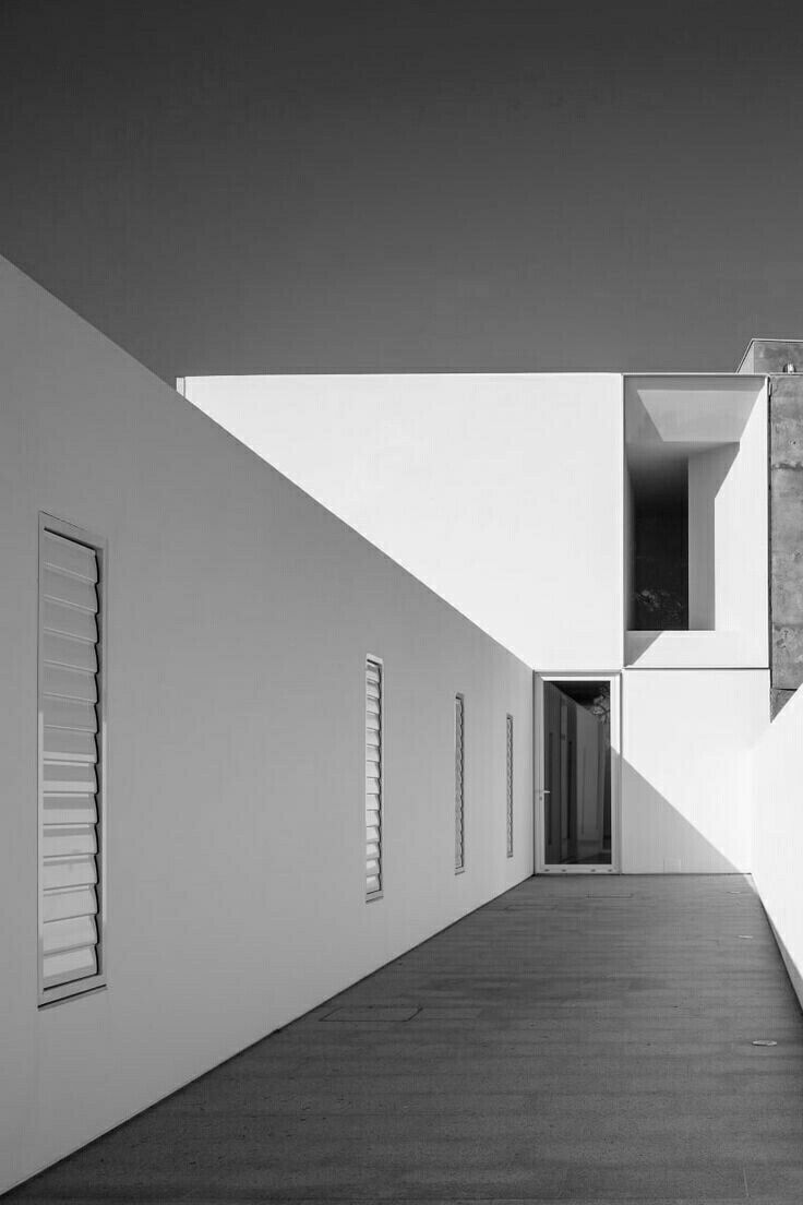 Architecture / Black and White Photography