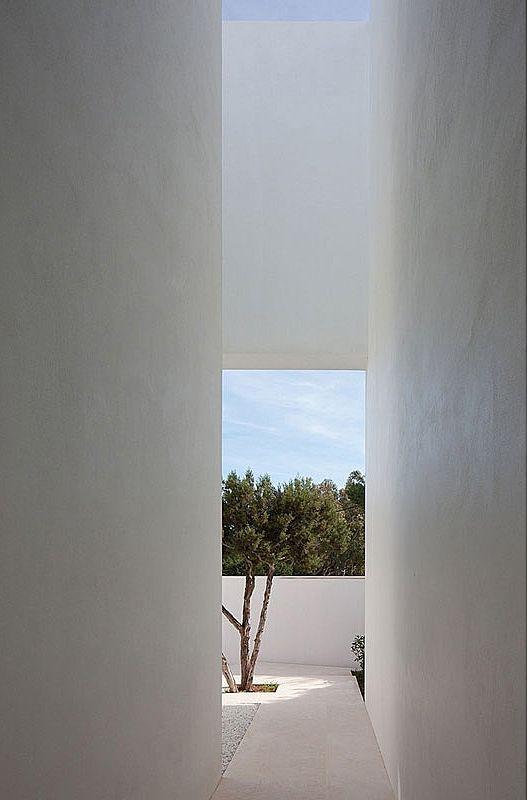 Infinity / Atelier d'Architecture Bruno Erpicum & Partners. Photo © Jean-Luc Laloux.