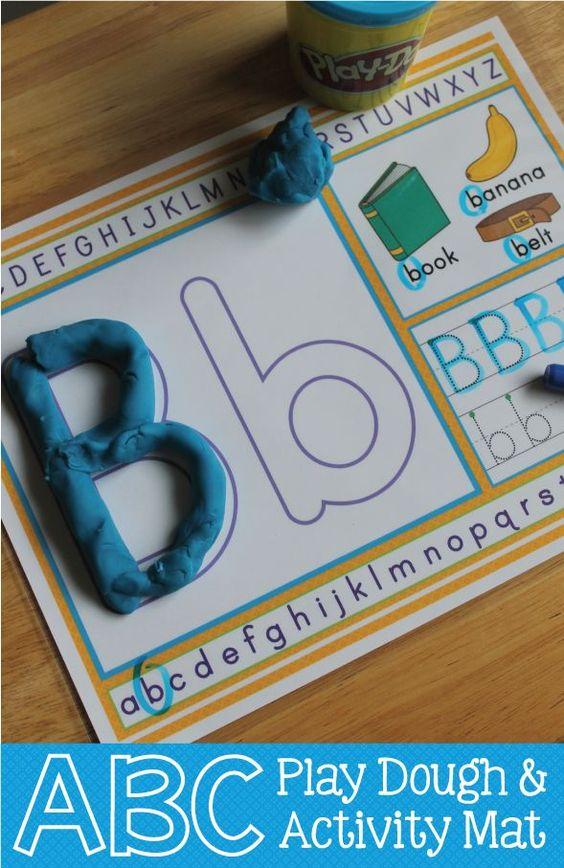 字母表播放面团垫:多感官字母表识别活动。学前班,幼儿园,SPED,RTI和家庭学校教室的ABC和Alphabet有趣。包括颜色和黑白版本! **请注意,此产品包含在ABC Bundle#2中。