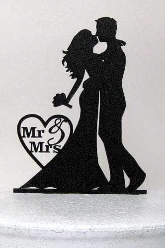 婚礼灵感的想法源于这样的想法,即更少可能更有影响力。装饰,蛋糕,婚礼颜色等的想法。