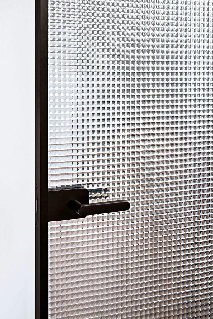 Glas Italia - product: porte, Sherazade Swing Plain