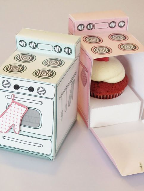 #cupcake box printable, perfect for a baking party!  :) #Packaging #Design