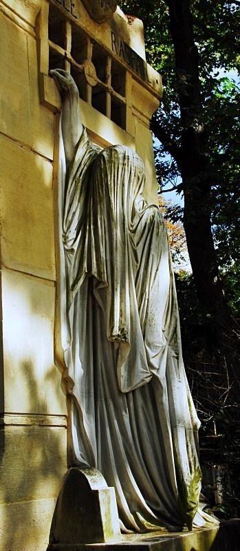。 Pere Lachaise Cemetery,巴黎死亡舞蹈专辑/ CD封面