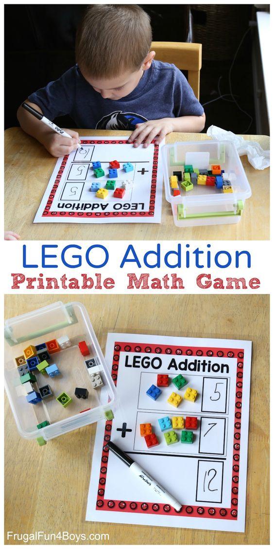 乐高®+数学=乐趣!这是一个很好的方式来加入乐趣LEGO®扭曲。在柱子的底部打印这些LEGO®添加垫。添加LEGO®砖时,数学似乎不起作用! (我还有另一个适用于LEGO®乘法的可打印垫子,所以请继续关注那个。)这个数学活动非常适合引入添加的概念,因为孩子们可以真正看到正在发生的事情。将LEGO®砖块添加到顶部和中间的盒子中,然后计算砖块的总和。然后孩子们可以写下数字