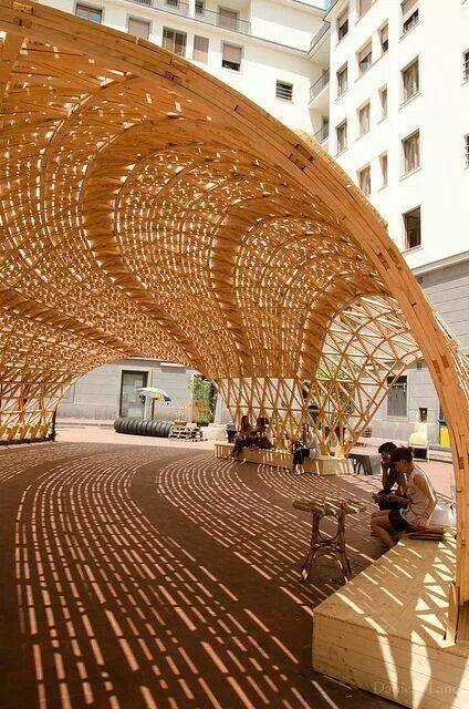 木结构创造光和影的美好的戏剧