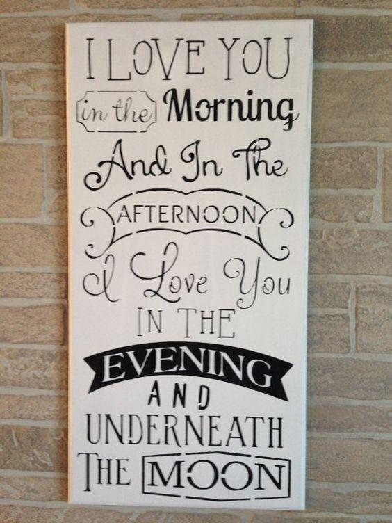 """这个木牌是涂在应用程序板上。 12""""x24""""x1 / 4""""厚。边缘有一个路由器边缘。背面有一个槽用于悬挂目的。上面写着:我爱你在早上,下午我爱你在晚上对于年轻人和老年人来说非常流行的说法 - 可以用于儿童,婚礼和可爱的周年纪念礼物!!感谢您查看我们的商店!"""