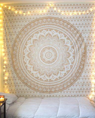 金曼陀罗挂毯金曼陀罗挂毯原创文章和图片采取https://thebohemianshop.com/collections/tapestries/products/gold-mandala-tapestry网站
