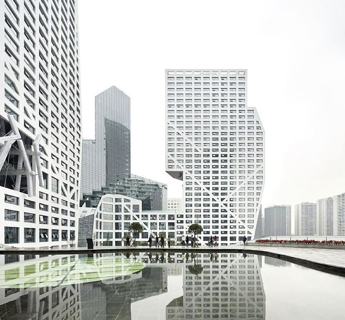 Gallery of Sliced Porosity Block / Steven Holl Architects, by Hufton + Crow - 23