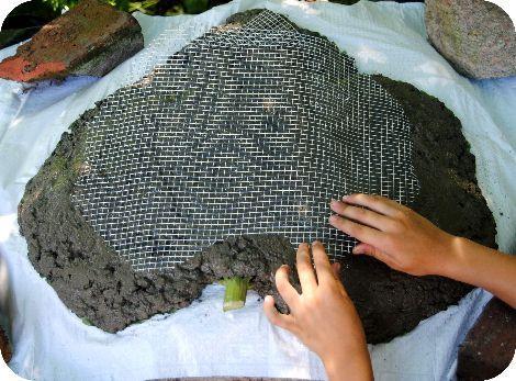 点击此处,您可以每天在CROCHET覆盖的石头赠品上发表评论。我很高兴分享一个关于如何制作自己的花园艺术叶子雕塑的教程!这个项目是我整个......