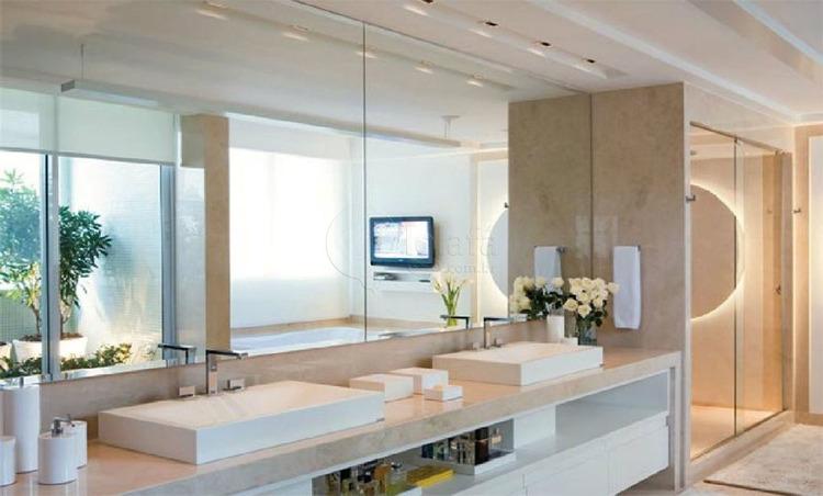 4间完整的浴室 - 房子