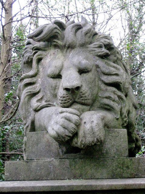 维多利亚在Highgate公墓