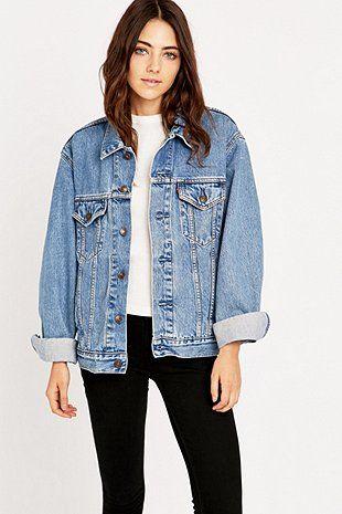 今日购买Urban Renewal Vintage Originals  -  Urban Outfitters 90年代风格的Blue Levi牛仔外套。我们拥有所有最新款式,颜色和品牌可供选择。