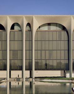 Oscar Niemeyer - Mondadori - Milano