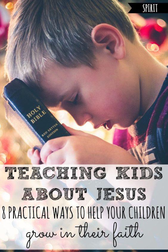 在教孩子们谈论耶稣时,不知道从哪里开始?这里有8种实用的方法可以让耶稣感觉更加适合你的孩子!