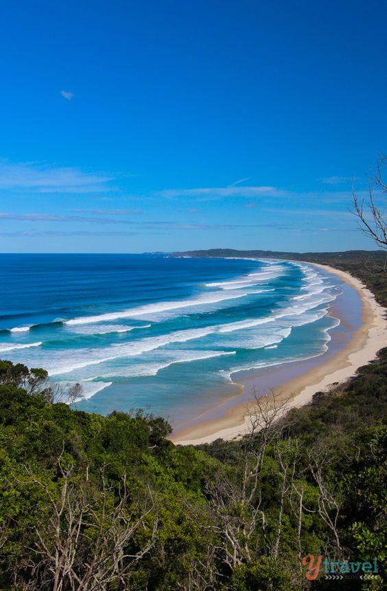 拜伦湾的海滩是世界各地的传奇,每年吸引数百万游客,许多人永远不会离开。查看拜伦湾新南威尔士州的这5个海滩!