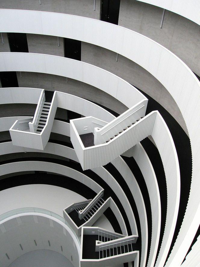 Escadas no espaço
